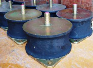 Предлагаем демпфер-амортизатор Bomag BW 213
